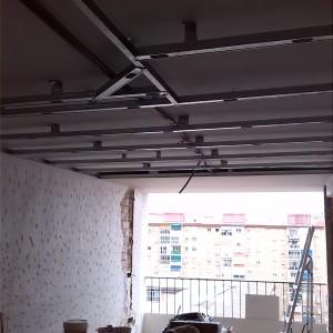 Cómo arreglar las paredes y techos con pladur