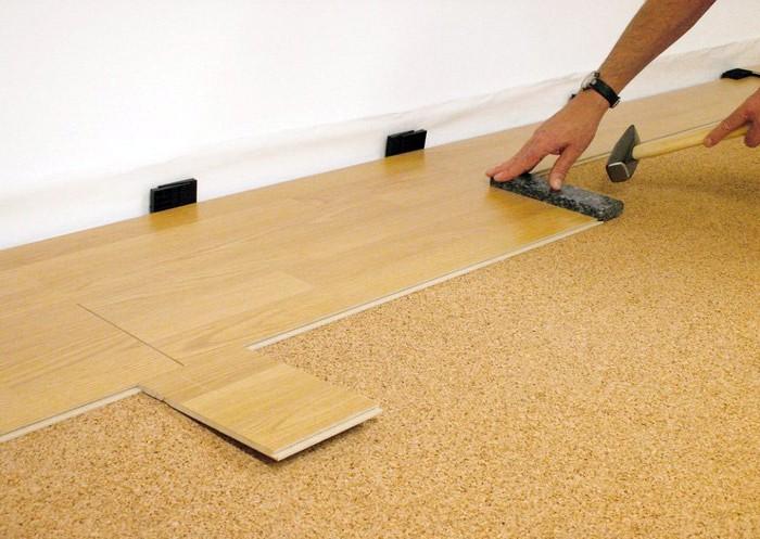 Base aislante para la tarima flotante reformaster for Cuanto vale poner tarima flotante en un piso