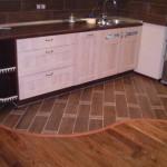 La tarima flotante en la cocina pros y contras